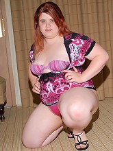 Cute fat girl needs lovin!