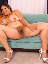 Hot fresh fatty spreads hips to...
